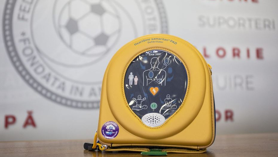 Permalink to Cu defibrilatoru' se câștigă poporu'