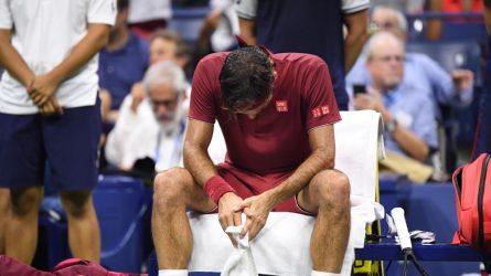 Permalink to Un Federer ca-tas-tro-fal