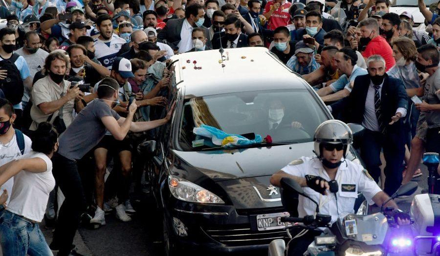 Permalink to O zi grea din viața lui Maradona