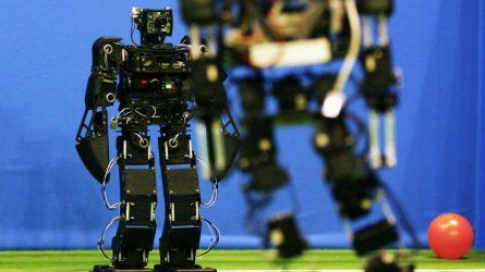 Permalink to R2D2XX0000, robotul-arbitru din Liga 1
