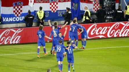 Permalink to Croaţii şi mămăligile