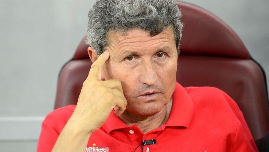 Permalink to Mulțescu, un antrenor
