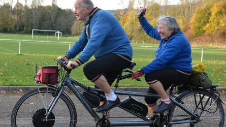 "Permalink to ""Biciclim de 70 de ani!"""